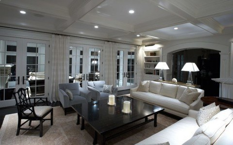 Create a luxurious lighting setup with Leviton switches, dimmers and automation controllers.